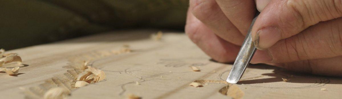Menuisiers, ébénistes, ferronniers, charpentiers, couvreurs, plâtriers et autres artisans du bâtiment